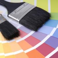 Maler bringen Farbe in Ihre Immobilien