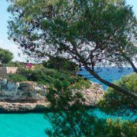 Haus auf Klippe auf Mallorca